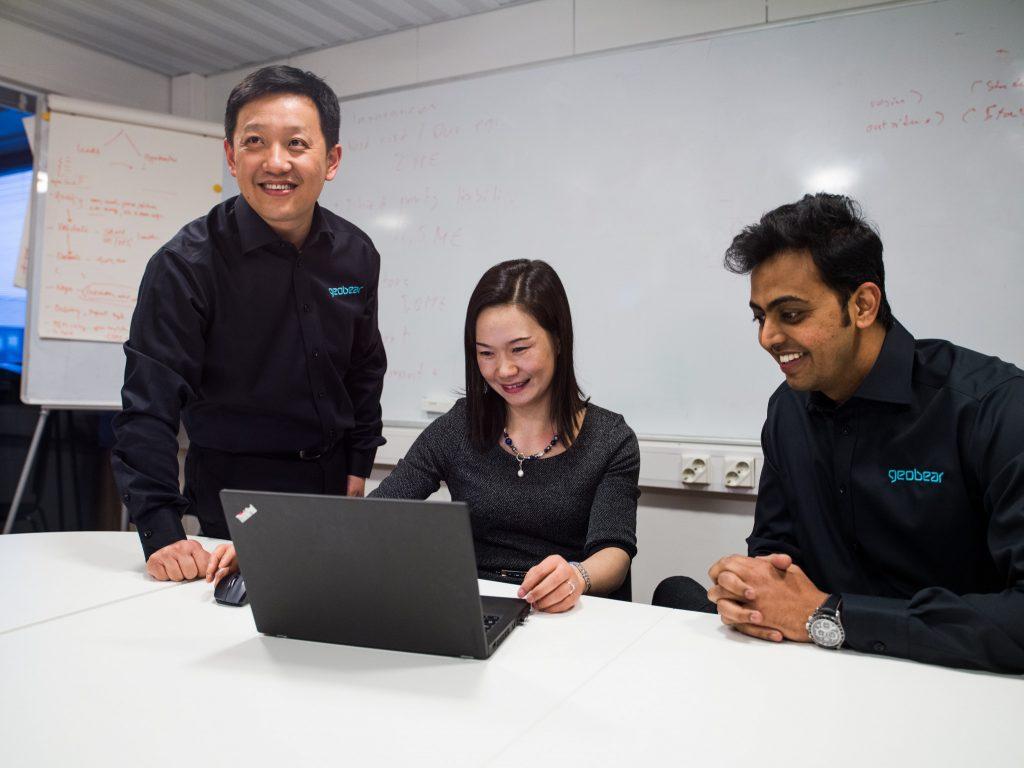 Geobear Asia Team, hittar störningsfria lösningar för sjunkande golv